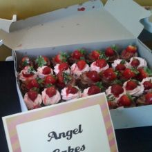 Chocolate and strawberry cupcakes provided by Angel Cakes